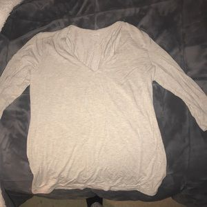 Long sleeve shirt in a cream color